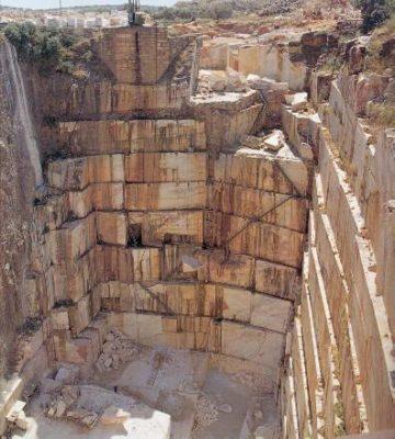 Granite-quarry-360x400